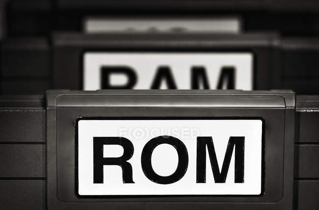 Signs ROM and RAM painted on boards — Stock Photo