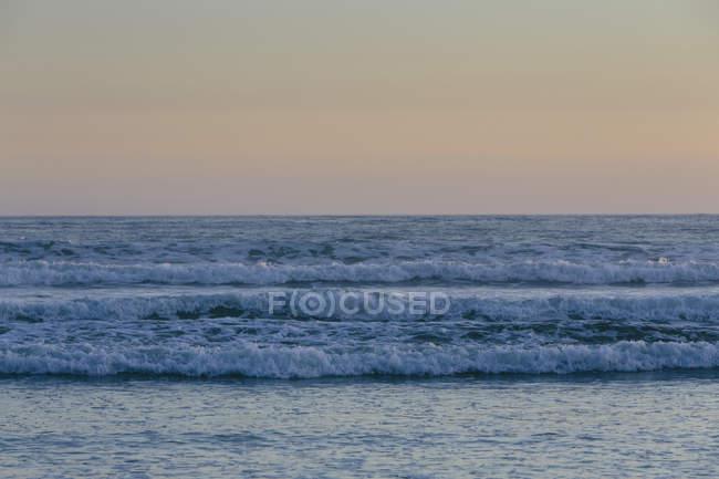 Horizont über dem Meer in der Dämmerung — Stockfoto
