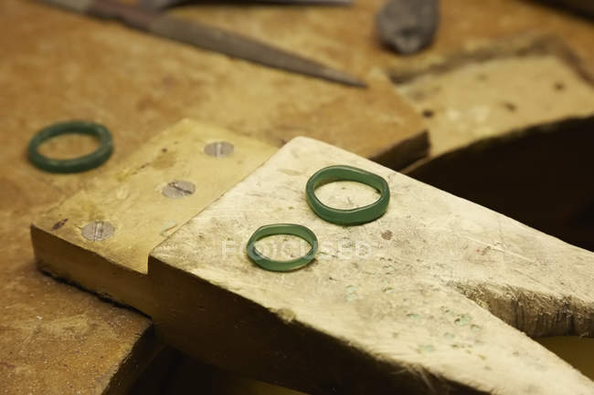 Workbench with three rings prototypes — Stock Photo