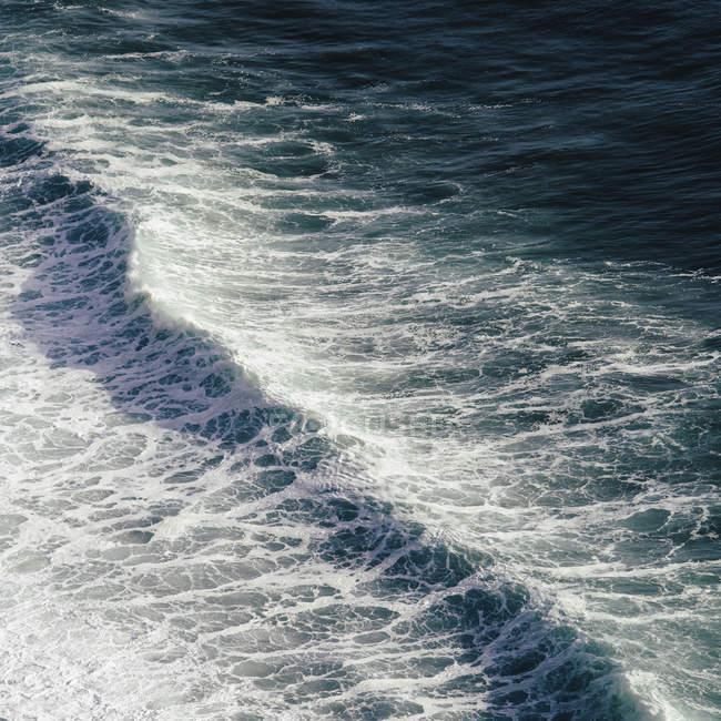 Overhead view of crashing wave — Stock Photo