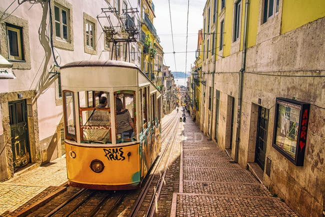 Famous yellow tram in Lisbon — Stock Photo