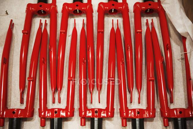 Червоний велосипедних вилках — стокове фото