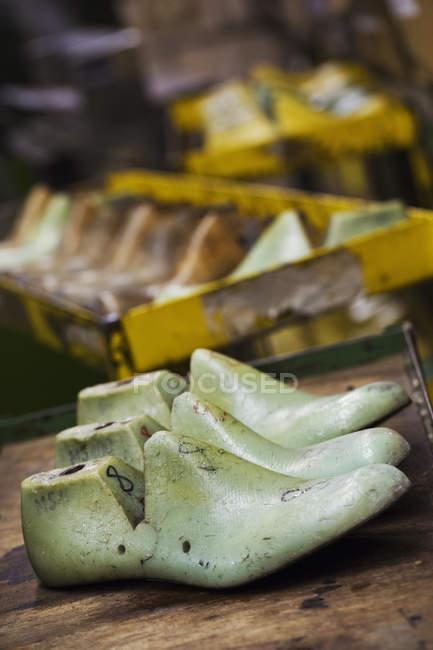 Formas de sapato de madeira — Fotografia de Stock