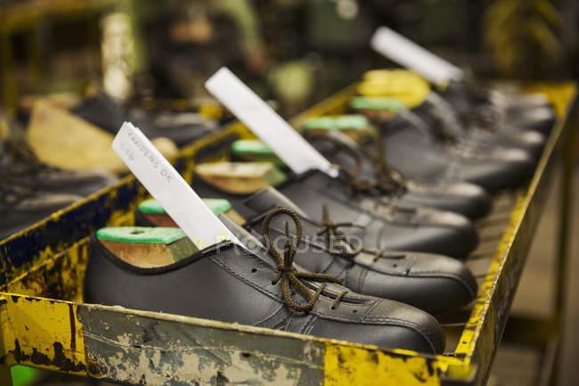 Sapatos de couro marrom — Fotografia de Stock