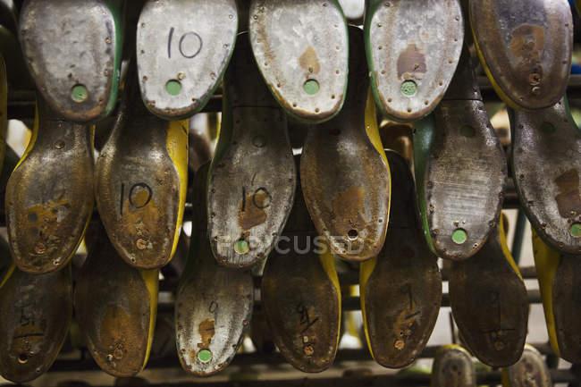 Várias formas de sapato de metal — Fotografia de Stock