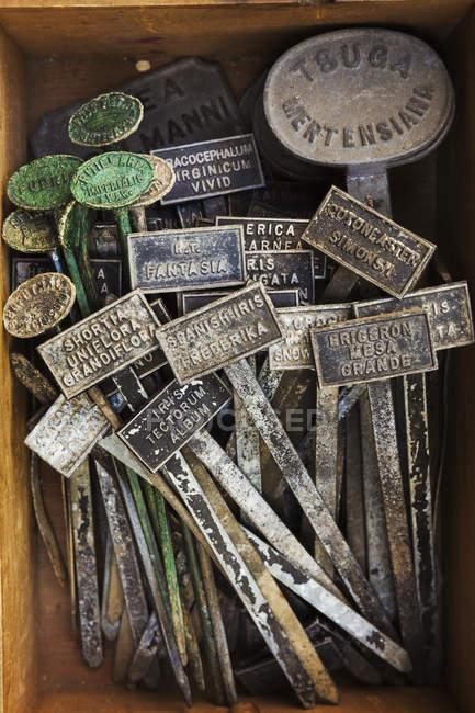 Metall Werk Etiketten — Stockfoto