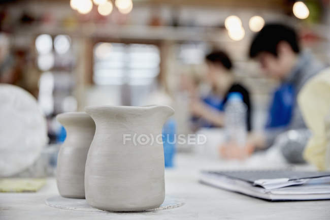 Two clay jugs — Stock Photo