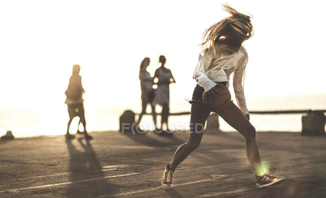 Young woman with basketball — Stock Photo
