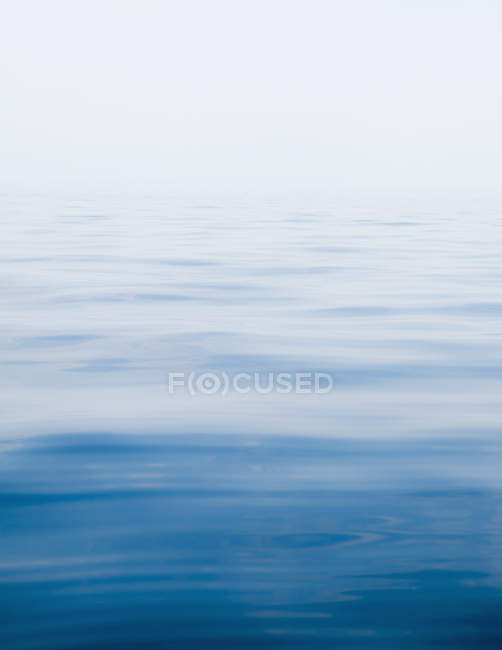 Water surface of calm and clear lake — Stock Photo