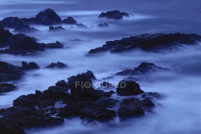 Surf at twilight at Garrapata State Beach, Big Sur, California — Stock Photo
