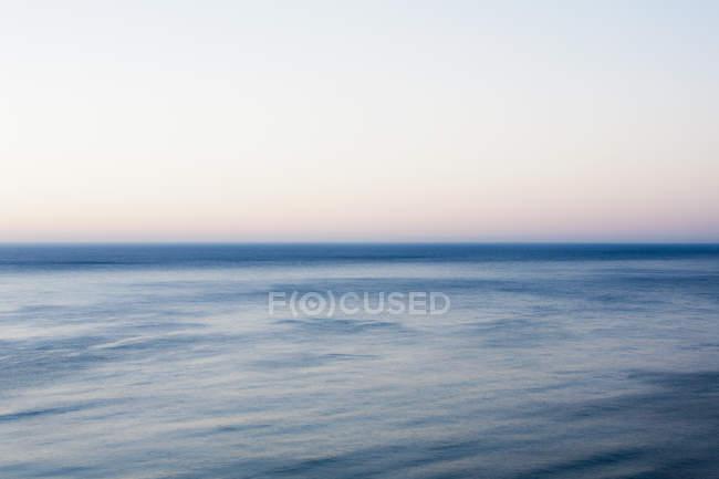 Прибережні сцені води, Big Sur берега на узбережжі Каліфорнії. — стокове фото