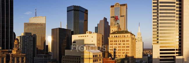 Grattacieli moderni della città nel centro di Dallas, Stati Uniti — Foto stock