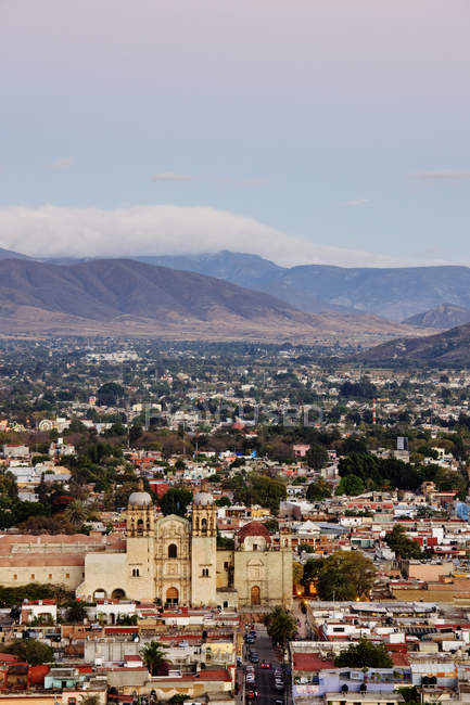 Cityscape of Oaxaca city with hills and houses, Mexico — стокове фото