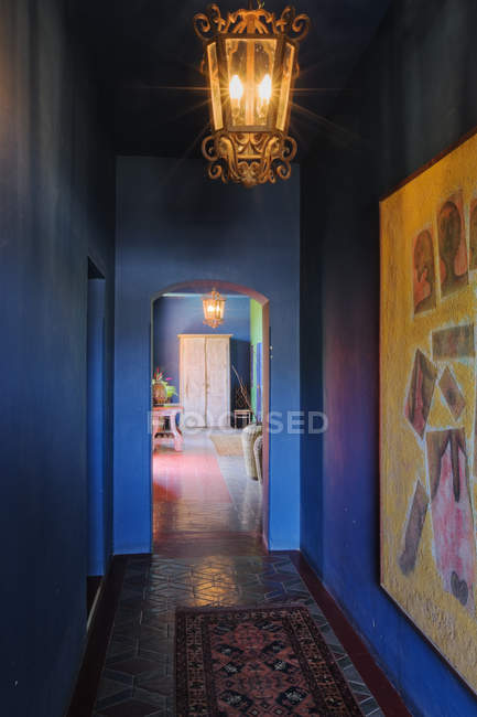 Classical colorful interior of corridor, Todos Santos, Baja California, Mexico — Stock Photo