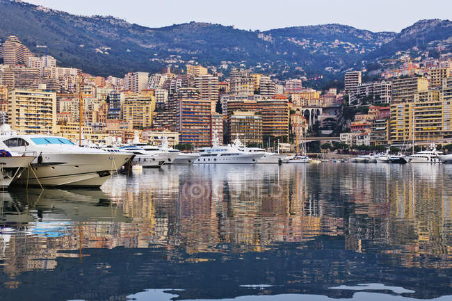City harbor at dawn with yachts and boats, Monte Carlo, Monaco — Stock Photo