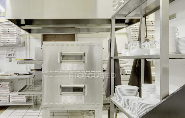 Pizza making oven in cafe, Moscow, Russia — Stock Photo