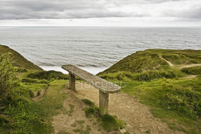Лава з видом на океан в Англії, Великобританії, Європі — стокове фото