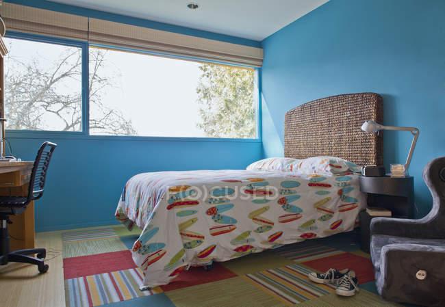 Surf camera da letto a tema a Seattle, Washington, Stati Uniti — Foto stock