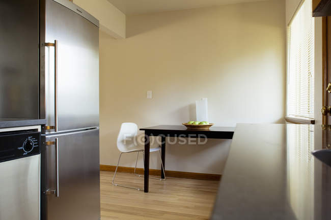 Sparse kitchen area in Seattle, Washington, USA — Stock Photo