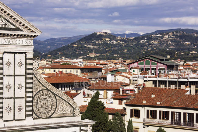Skyline de Florença que negligencia para Fiesole em Italy, Europa — Fotografia de Stock