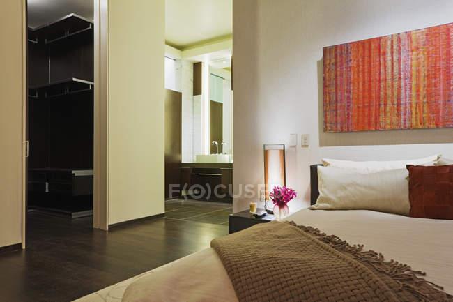 Пространство в роскошной квартире в Далласе, Техас, США — стоковое фото