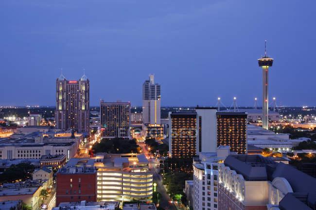 Centro di San Antonio di notte, Texas, Stati Uniti d'America — Foto stock