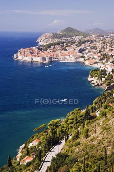 Vista costiera della città vecchia di Dubrovnik, Croazia — Foto stock