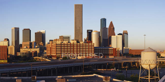 Il centro di Houston all'alba con gli edifici, USA — Foto stock