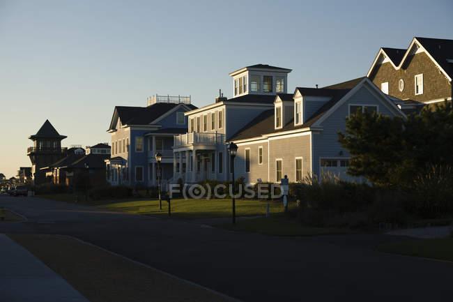 Нові новi будинки на вулиці Норфолку, Вірджинія, США — стокове фото