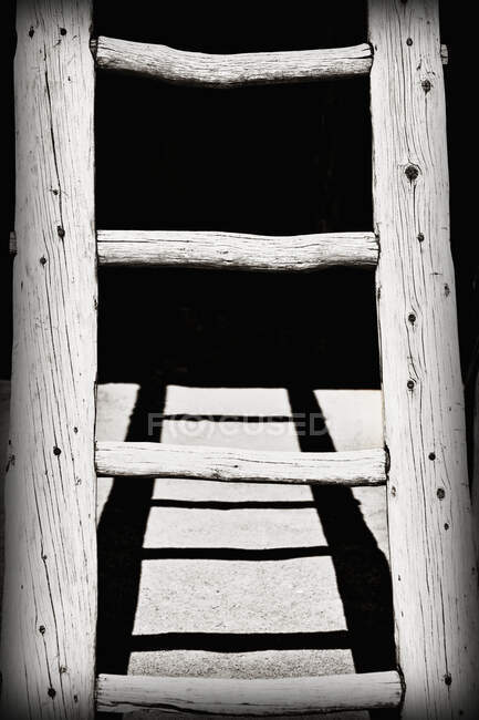 Black and White Wooden Ladder — Stock Photo