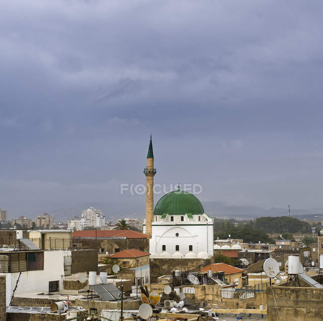 Skyline of Acre and Jezzar Pasha Mosque, Acre, Israel — Foto stock