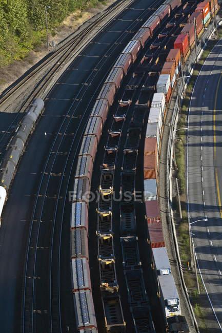 Vías férreas ligeras en Seattle, Washington, EE.UU. - foto de stock