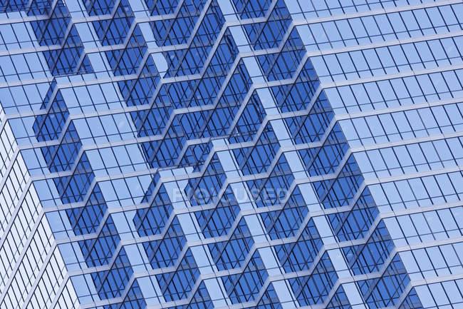 Сучасне будівництво крупним планом в Далласі, штат Техас, США — стокове фото