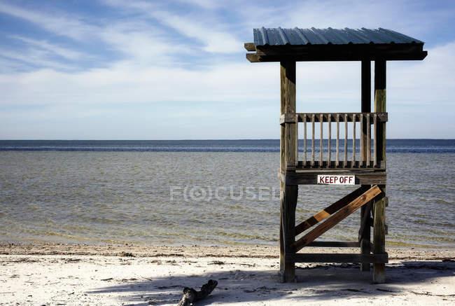 Stand bagnino a beach sabbiosa, Florida, Stati Uniti — Foto stock