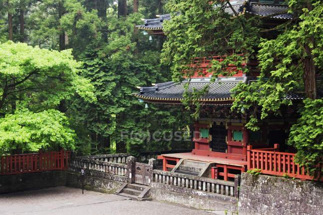 Rez-de-chaussée du bâtiment de la pagode asiatique à Nikko, Japon — Photo de stock