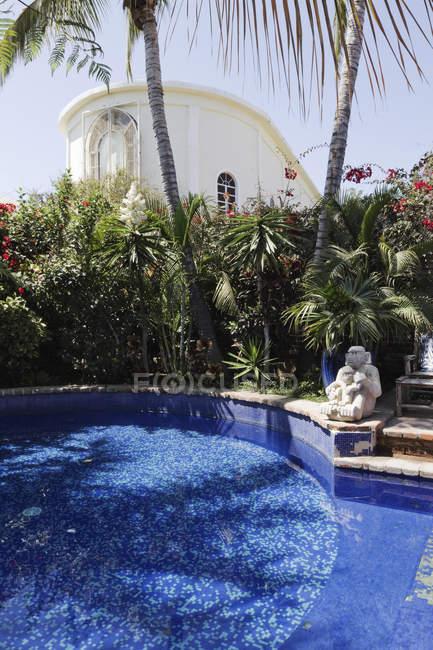 Luxury pool at hotel California, Todos Santos, Baja California, Mexico — Stock Photo
