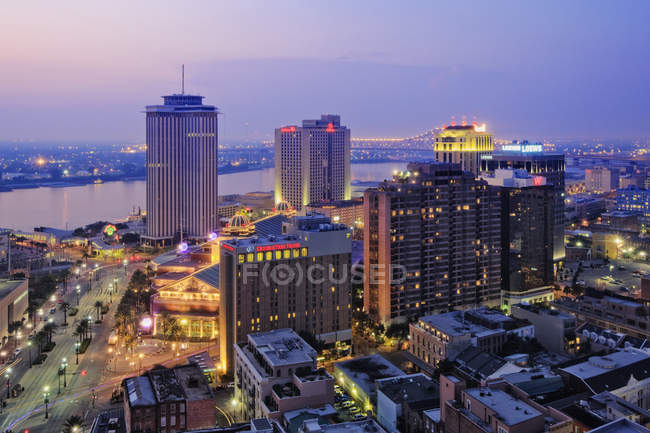 Downtown of New Orleans at dusk, Louisiana, USA — Stock Photo