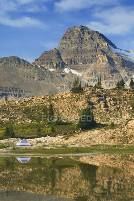 Canadian Rockies overlooking Yoho National Park, British Columbia, Canada — Stock Photo