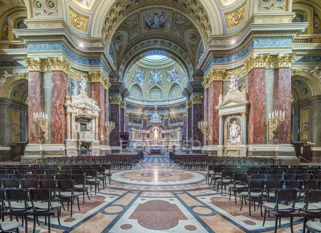 Verziertes Inneres der St.-Stephans-Basilika, Budapest, Ungarn — Stockfoto
