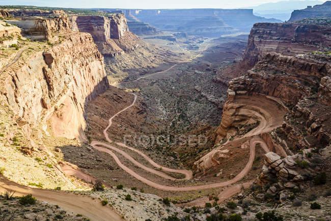 Повітряна думка про скельний утворення Канйонземель, штат Юта, США — стокове фото