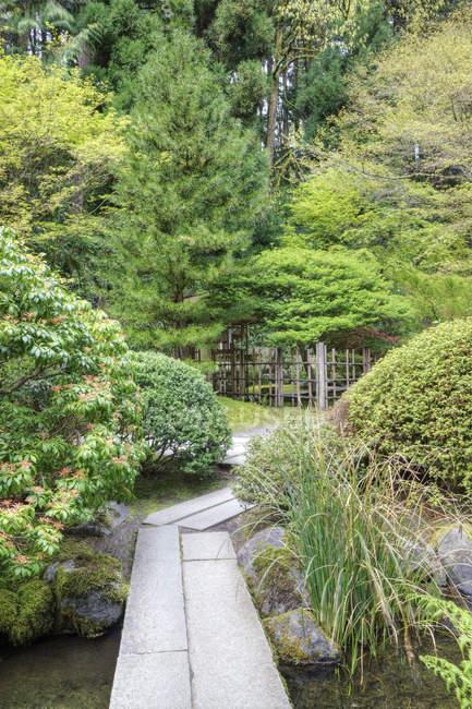 Footbridge in Japanese Garden, Portland, Oregon, United States — Stock Photo