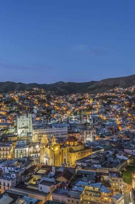 Aerial view of Guanajuato cityscape illumination at night, Guanajuato, Mexico — стокове фото