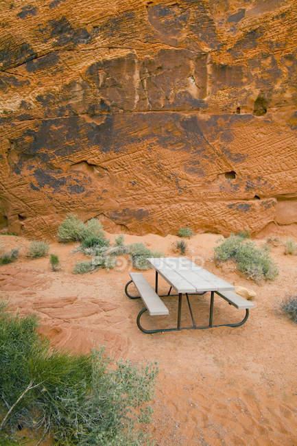 Mesa de piquenique em Nevada, Estados Unidos — Fotografia de Stock