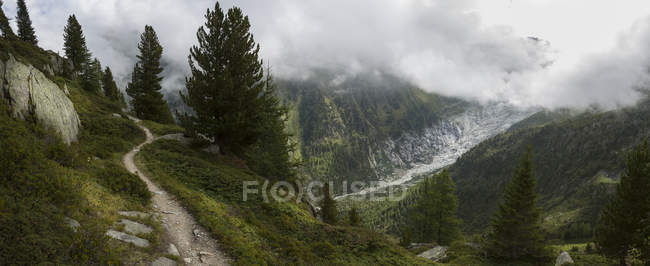 Trail to Mt Blanc, Switzerland - foto de stock