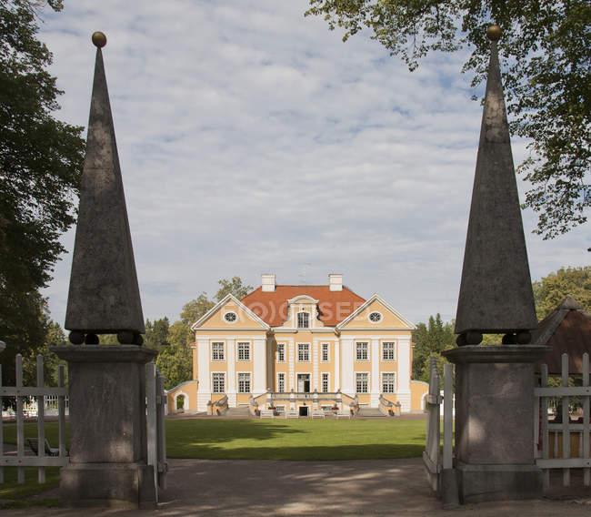 Extérieur du manoir Palmse, Laane-Viru, Estonie — Photo de stock
