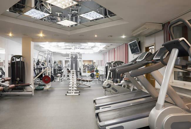 Gym Exercise Equipment in Fitness Studio — Stock Photo