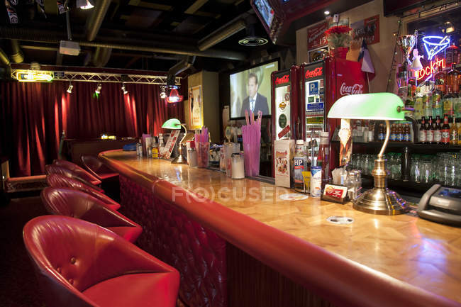 Bar at American style diner in Tallinn, Estonia — Stock Photo