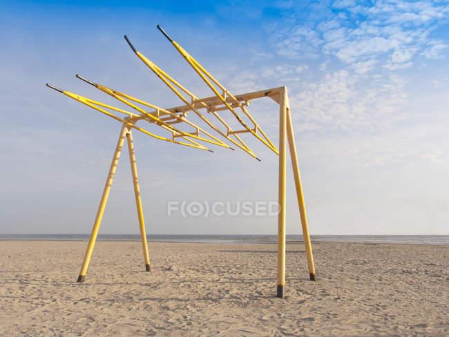 Свінг-Сет на піщаному пляжі в Естонії — стокове фото