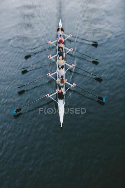 Pilotes féminines aviron, vue grand angle, Lake Union, Seattle, Washington, USA . — Photo de stock