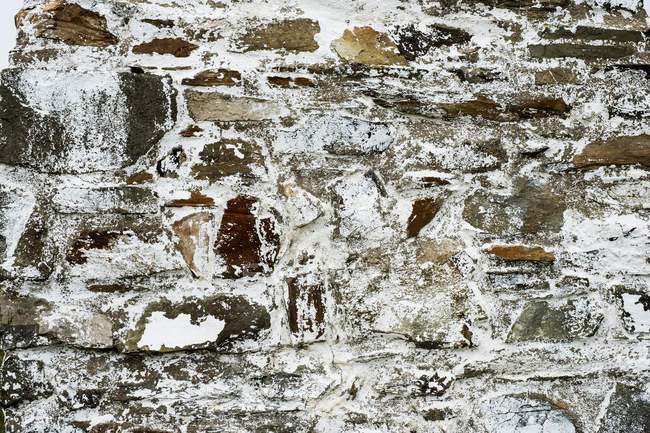 Close-up de pedra cairn perto de Cardigan Bay, Porthgain Harbour, Pembrokeshire Coast Trail, Pembrokeshire National Park, País de Gales, Reino Unido . — Fotografia de Stock